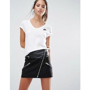 Nike - Futura - T-shirt col V et manches courtes - Blanc