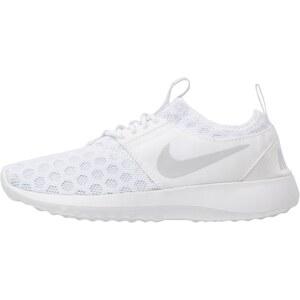Nike Sportswear JUVENATE Baskets basses white/pure platinum