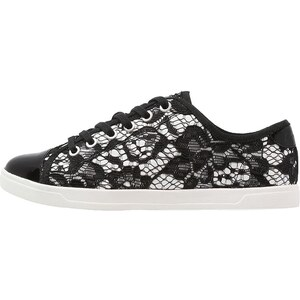 DKNY BLAIR Baskets basses black/white