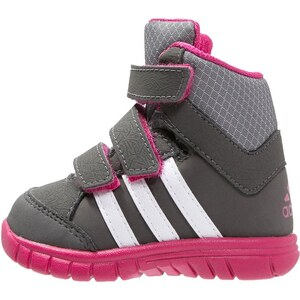 adidas Performance WINTER MID Chaussures d'entraînement et de fitness cinder/bold pink/white