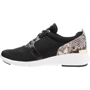 MICHAEL Michael Kors AMANDA TRAINER Baskets basses black