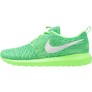 Nike Sportswear ROSHE NM FLYKNIT Baskets basses voltage green/white/lucid green