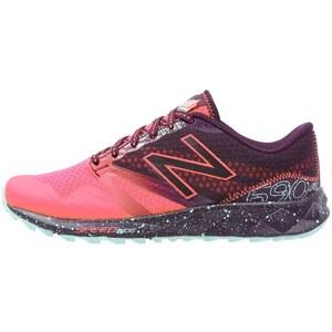 New Balance WT690 Chaussures de running pink zing