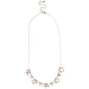 New Look Halskette mit Blumendetails in Silber