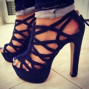 Look High Heels <3 von eine_hexe