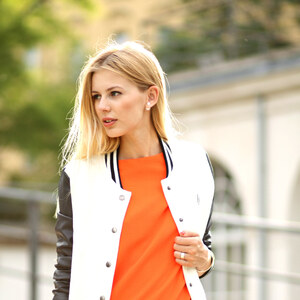 Look de Robe orange à Glami €