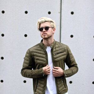 Look Outfit: Summer Down Jacket – Futuristic Materials meet Classy Design von meanwhileinawesometown