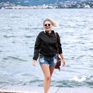 Look Dancin' at Lago Maggiore von Alice