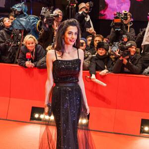 Look de Amal Clooney à Mathilde Vaddé - Rédactrice Mode Glami €
