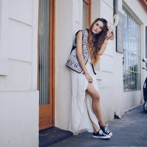 Look Maxi Dress & Converse Chucks | Trend Styling von thelfashion