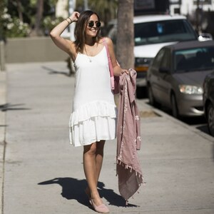 Look L.A. STREETSTYLE – HOLLYWOOD BLVD WHITE AND PINK FOR SUMMER von LAURA NOLTEMEYER
