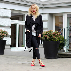 Look OUTFIT: Red Granny Shoes and Stripes von lillycalling