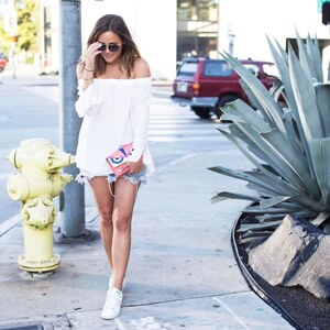 Look L.A. STREETSTYLE – CASUAL LOOK ON N ROBERTSON BLVD von LAURA NOLTEMEYER