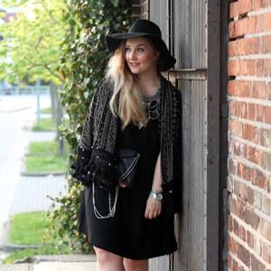 Look Outfit: Boho Festival Look mit Espadrilles von Nathalie