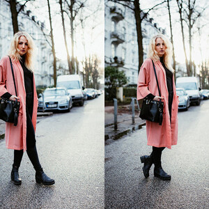 Look OUTFIT: Pastel Coral Statement Coat And All Black von lillycalling