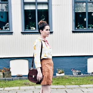 Look Take Me To Church. von Caro & Linda