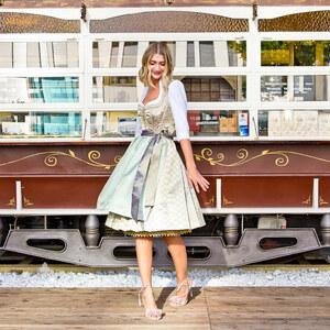 Look Outfit: Verspielte Trachten Looks von fashionvictress