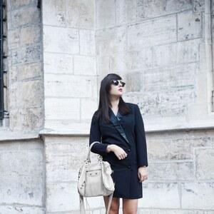 Look de La tendance de la robe blazer à modeusement-votre €
