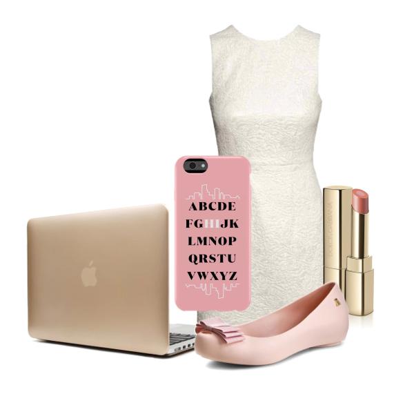 Romantický outfit s MacBookem