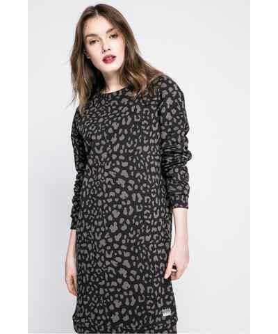 546d52e9e67f Pletené a úpletové šaty se zvířecím vzorem