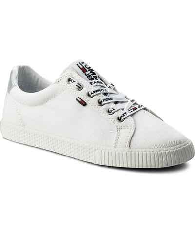 Bílé zlevněné dámské boty z obchodu Eobuv.cz - Glami.cz e0435a7139
