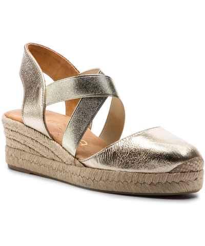 99cdadeed6 Aranyszínű, prémium márkák Női cipők   250 termék egy helyen - Glami.hu