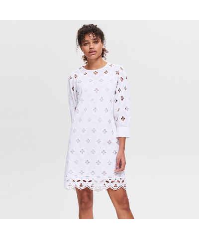 5db317c637 Fehér Női ruházat | 16.110 termék egy helyen - Glami.hu