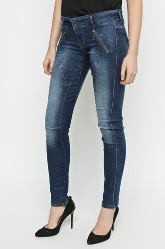 Guess dámské modré džíny - Glami.cz bdb8b05c0c