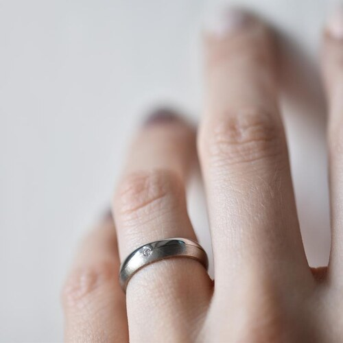 Eppi Zlaté svadobné obrúčky s diamantom Temy - Glami.sk 4ece1d4ef87