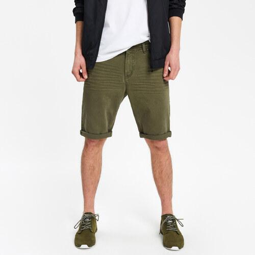 Cropp - Vyhrnuté džínsové šortky - Zelená - Glami.sk e4f7b10f39