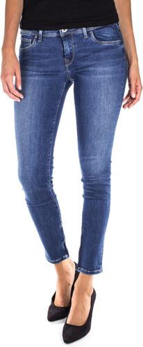 2d05cce5ff1 Dámské džíny Pepe Jeans CHER W24 L28 - Glami.cz