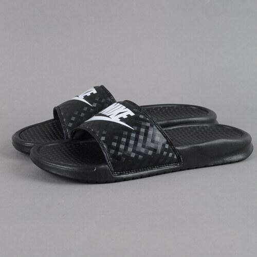 Nike WMNS Benassi JDI black   white - Glami.sk 0f52fed43b3