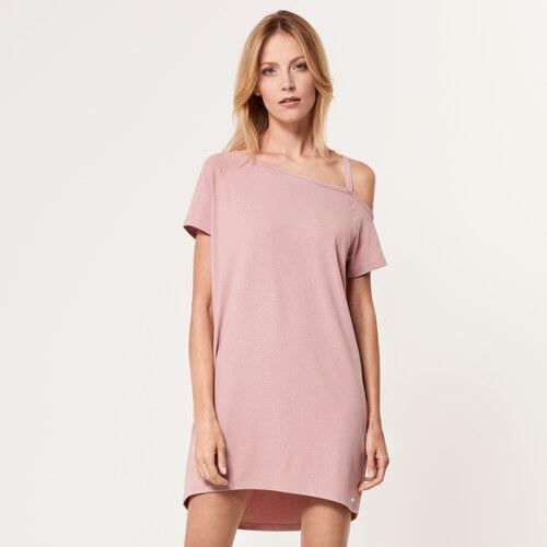 Mohito - Úpletové šaty s průstřihem na rameni - Růžová - Glami.cz 0116dbd9423