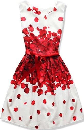 69738534ee4 NETMODA Dámské šaty Růženka červené - Glami.cz