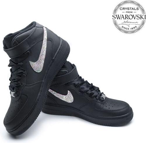 b7673db03dcf Nike