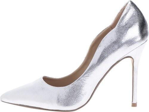 Lesklé lodičky ve stříbrné barvě na jehlovém podpatku Dorothy Perkins 8bd621d90d
