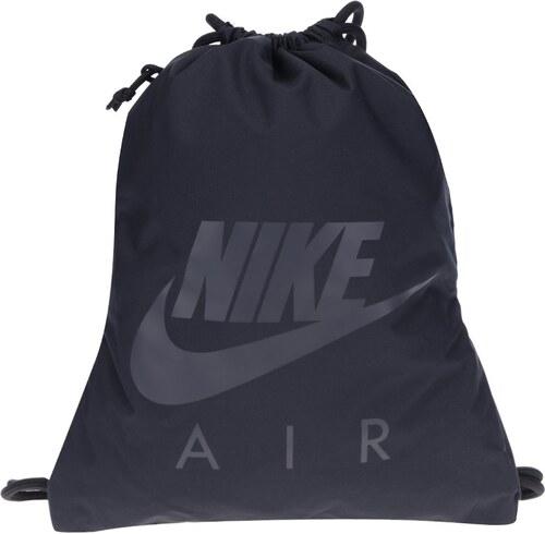 Černý vak s kapsou a potiskem Nike Heritage 13 l - Glami.cz 189e3f5bfb