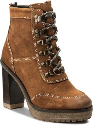 Magasított cipő TOMMY HILFIGER - DENIM Cleo 14B FW0FW01745 Winter Cognac 906 21410cb09a