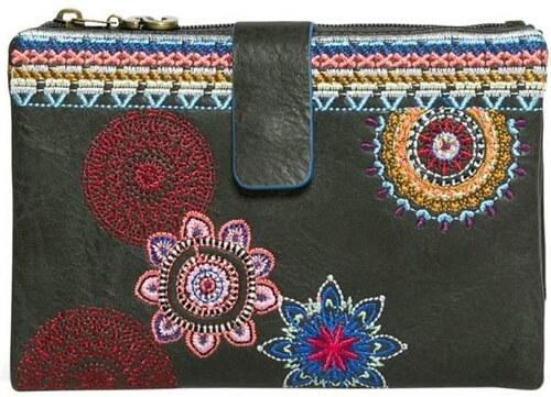 peňaženka Desigual Julia Amber negro - Glami.sk 4d3db9d9c0b