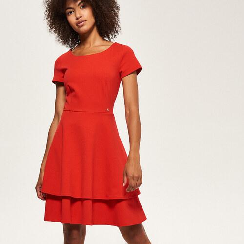 7cfeec4dc692 Reserved - Šaty s volánovou sukňou - Červená - Glami.sk