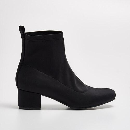 29734c155c5 Sinsay - Černé kotníkové boty na podpatku - Černý - Glami.cz