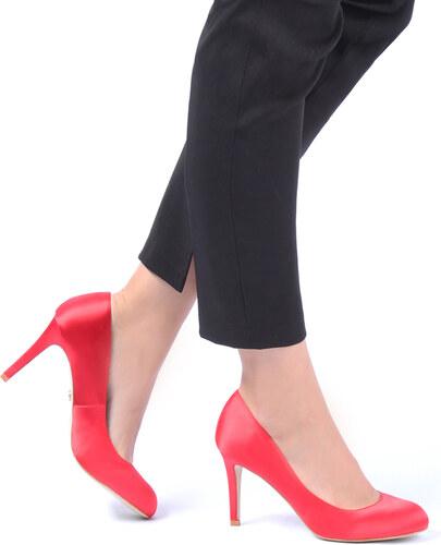 39a2577fea United Fashion Červené lodičky Katana - Glami.sk