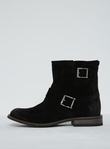 Černé semišové kotníkové boty s přezkami Pieces Petti - Glami.cz 97a06c3bb1