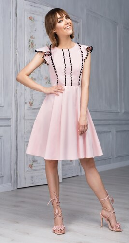 e81802228f5 Monnom boutique Šaty Belleza