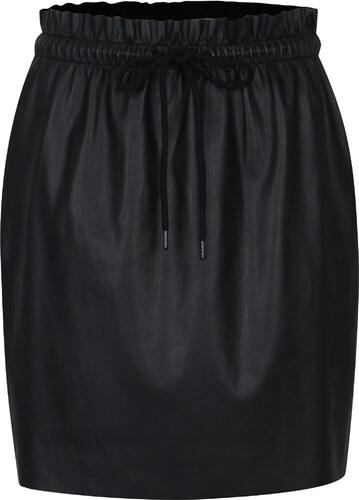 01f3dc81584c Černá koženková sukně s pružným pasem VERO MODA Riley - Glami.cz
