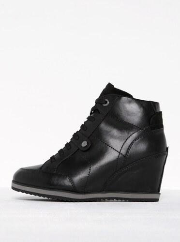 Černé dámské kožené boty na klínku Geox Illusion A - Glami.cz 8206fd84ab