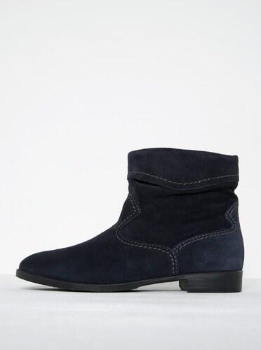 Tmavomodré semišové členkové topánky s prešívanými detailmi Tamaris ... 5b5a334b89a