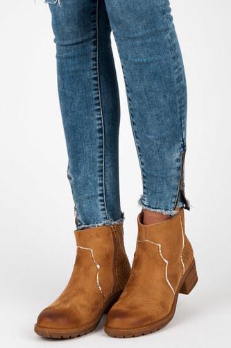 IDEAL Semišové hnedé členkové topánky zdobené hviezdičkami - Glami.sk 9e6d1ea2930