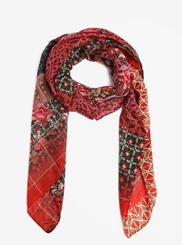 Červený vzorovaný šátek Desigual Rectangle Boho - Glami.cz ae039a1879