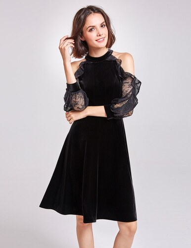 Alisa Pan Černé sametové šaty s krajkovými rukávy a odhalenými rameny d01c00f229